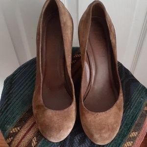 Suede wedge heel